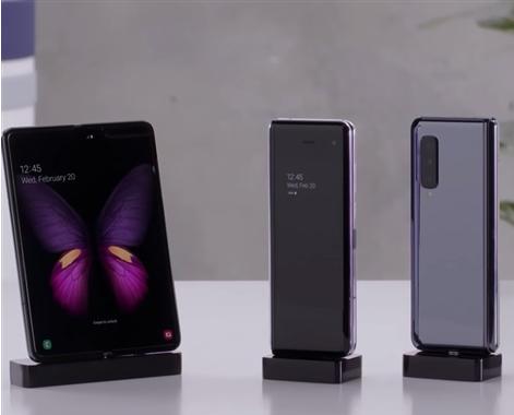 三星已在韩国正式开卖折叠屏手机Galaxy Fold