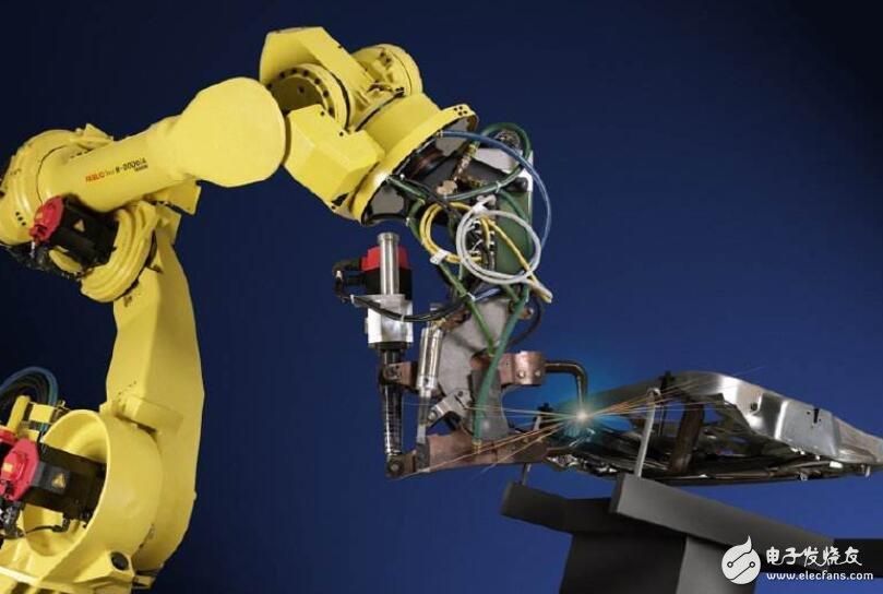 如何解决国内工业机器人人才荒?