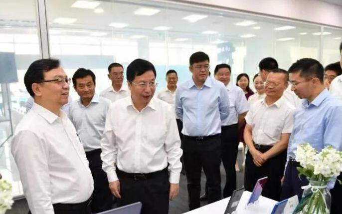 华为供应链变迁:伟创力长沙工厂停产,比亚迪长沙工厂首批手机下线