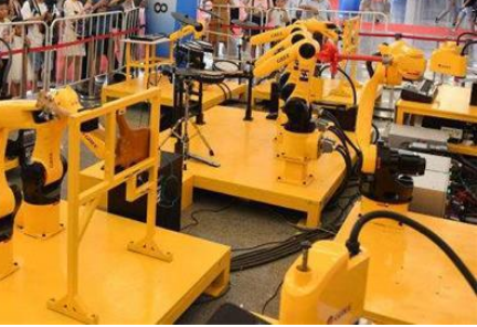 工业机器人推动了自动化生产的进程