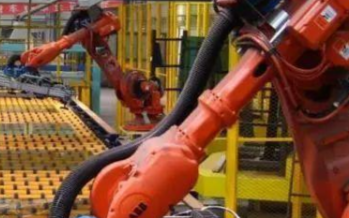 在未来机器人手臂将可以替代人类的双手