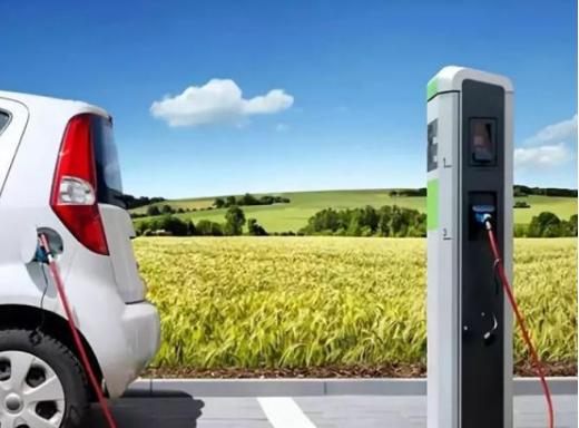 虽然电动汽车优点很多但买的人依旧很少