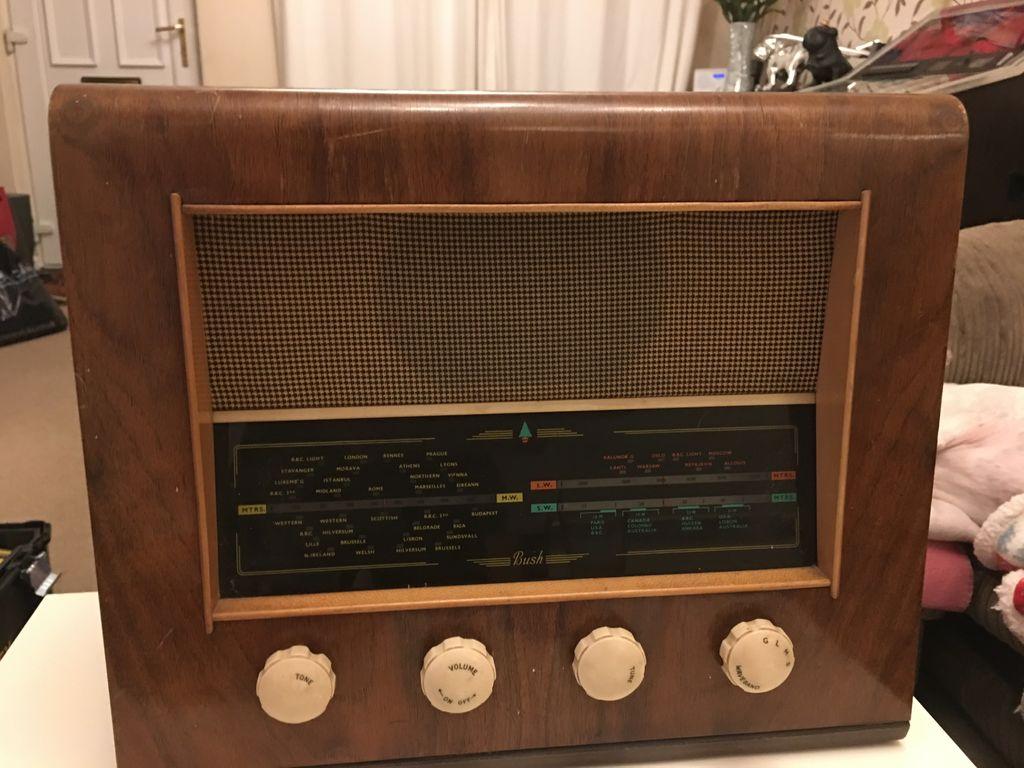 怎样将蓝牙扬声器放入旧收音机中