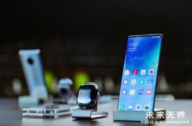 国内手机厂商抢推5G新品,国产品牌领跑5G手机创...