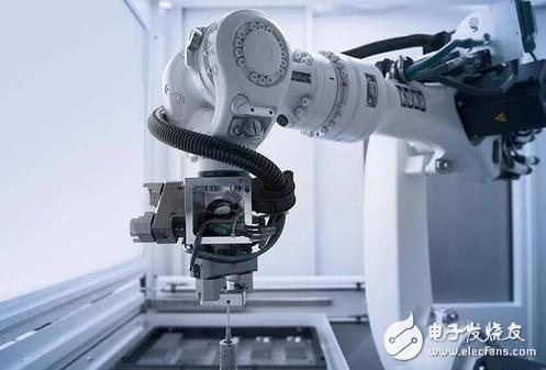 我国的工业机器人产业已达到发达国家水平