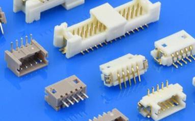 Molex推出新型pico-clasp线对板连接器