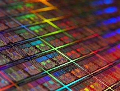 长鑫存储内存芯片自主制造项目宣布投产 一期设计产能每月12万片晶圆