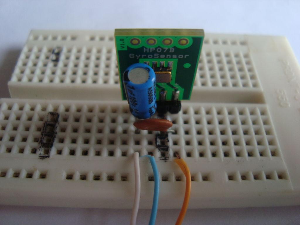 如何同时使用陀螺仪和加速度计测量角度
