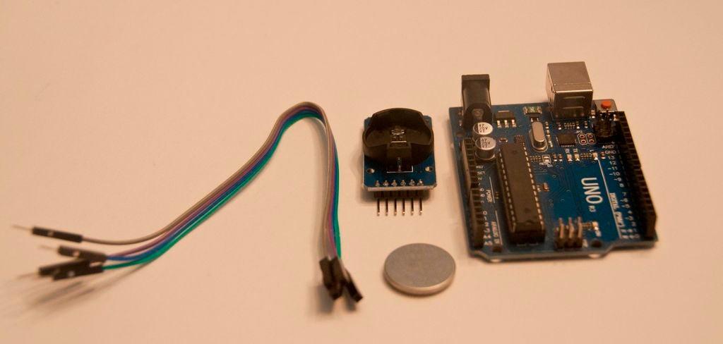 如何使用Arduino UNO在Real Time Clock板上设置正确时间