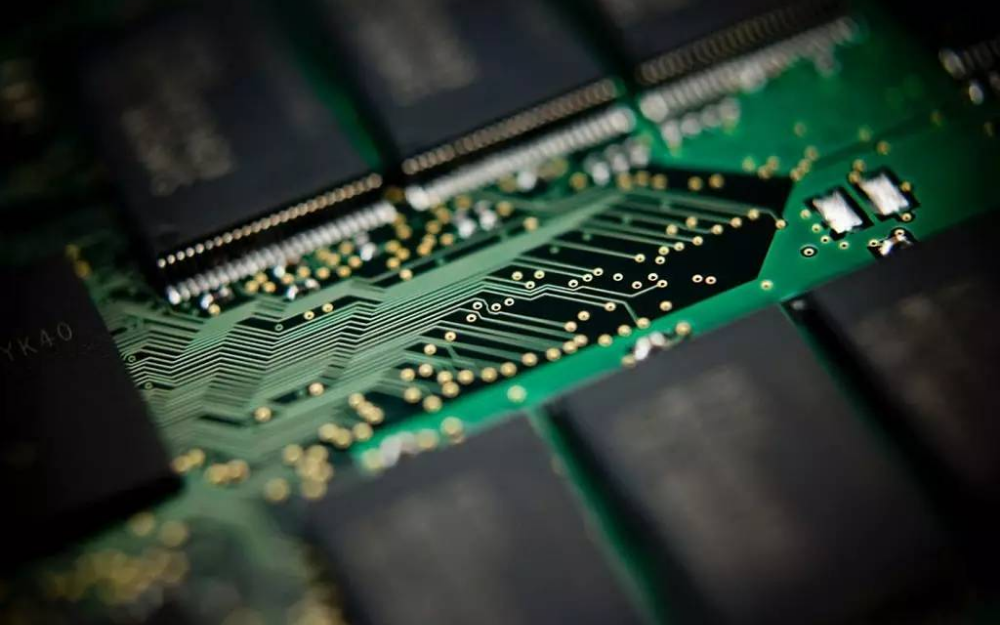 兆易创新拟定增43亿用于DRAM芯片自研及产业化项目