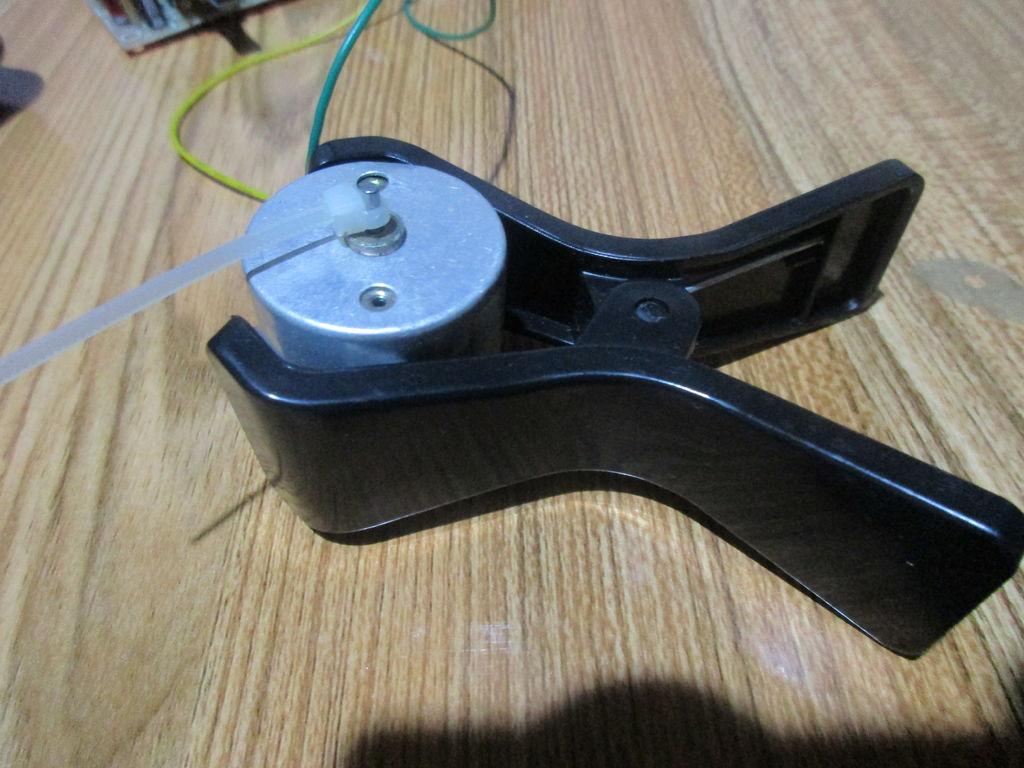 如何使用555定时器IC指导直流电机的速度控制