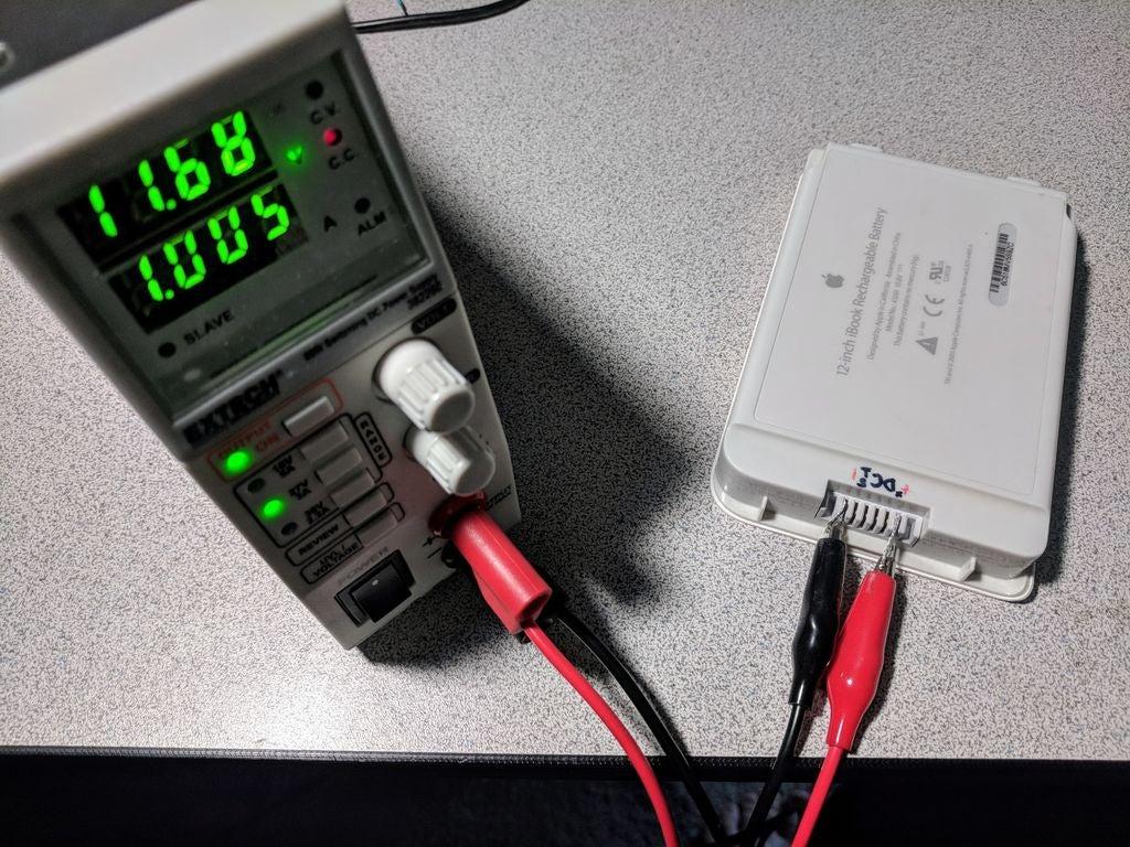 如何重復使用筆記本電腦電池