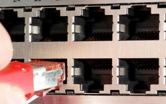 博通为嵌入式连接推出多端口的以太网交换芯片