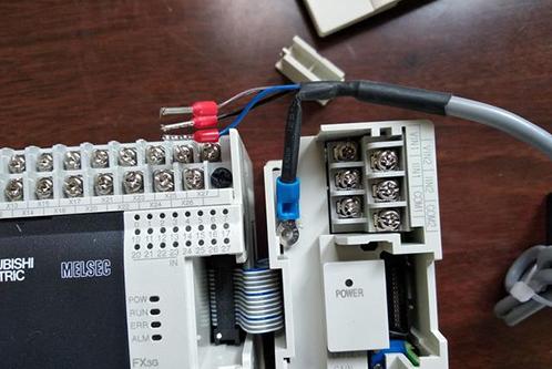 传感器如何与PLC进行连接?