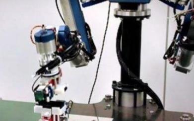 工业机器人的发展将会越来越智能