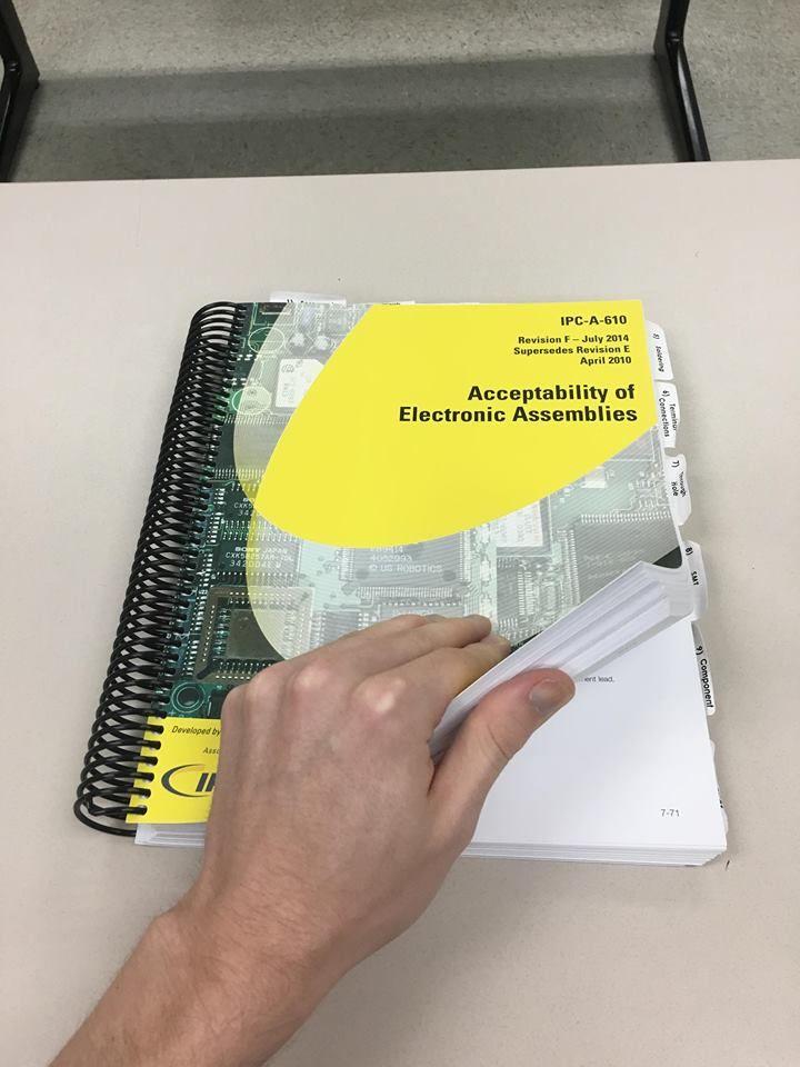 如何正确设置以手动检查印刷电路板