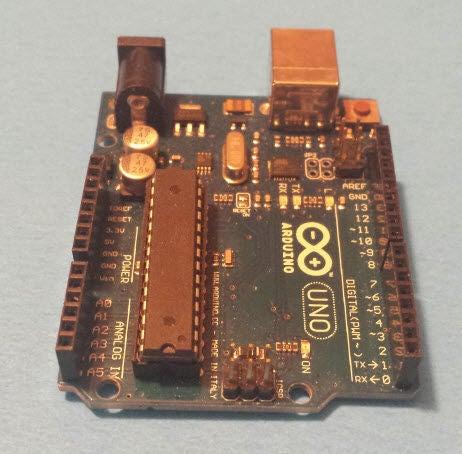 如何使用LM35温度传感器和Arduino来测量温度