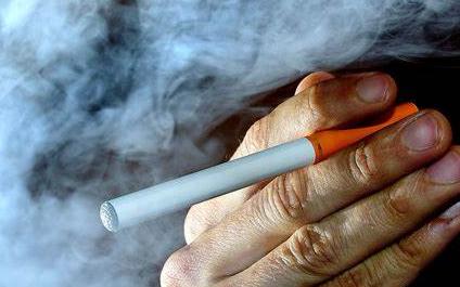 锂电池厂商亿纬锂能市值蒸发超百亿 成败皆因电子烟