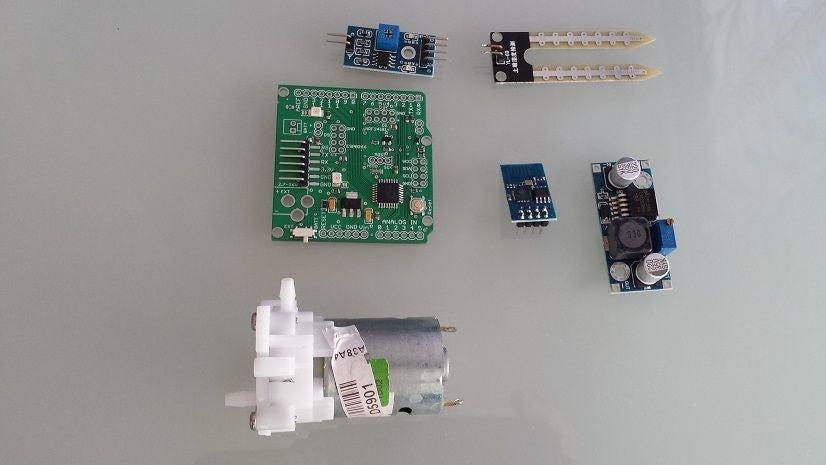 如何使用ESP8266 Arduino库和Java来构建植物灌溉系统EasyIoT服务器