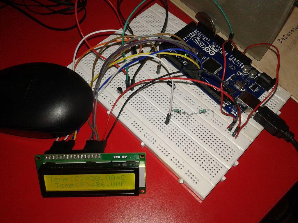 如何使用Arduino和LM-35进行室温监测
