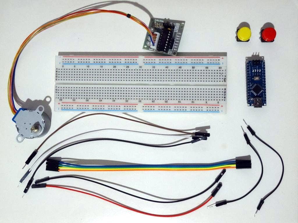 如何将步进电机连接到Arduino Nano并使用按钮进行控制