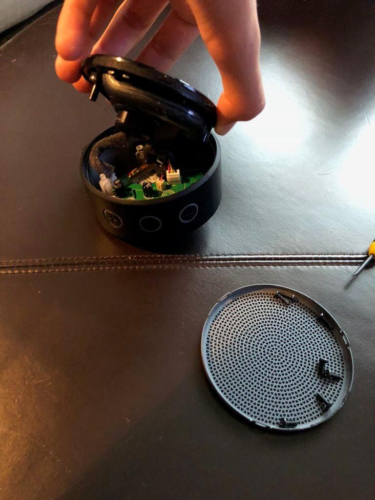 如何在蓝牙连接不起作用的情况下修复Logitech X100扬声器