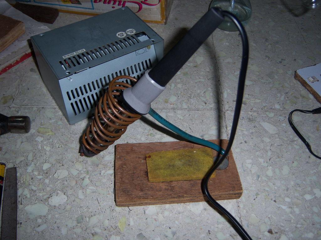 如何制作使用OLD PSU盒的焊台