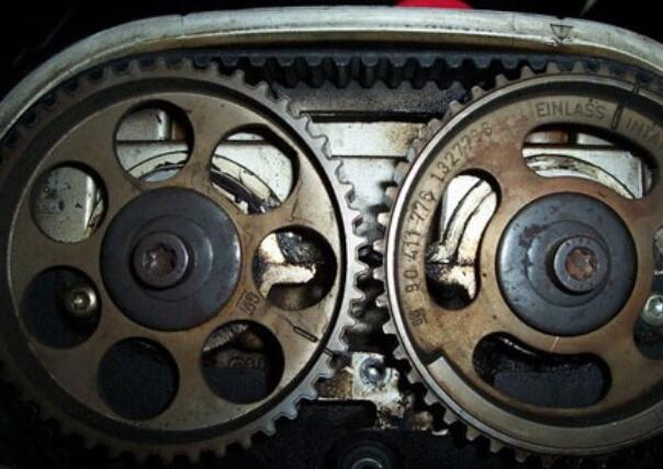 凸轮轴位置传感器检测_凸轮轴位置传感器 苦笑作用