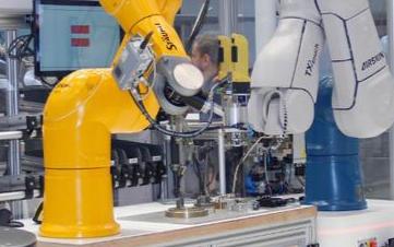 关于力传感器对工业机器人的重要性