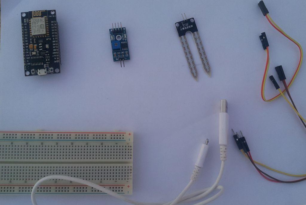 如何将土壤湿度传感器和ESP8266连接到IoT云