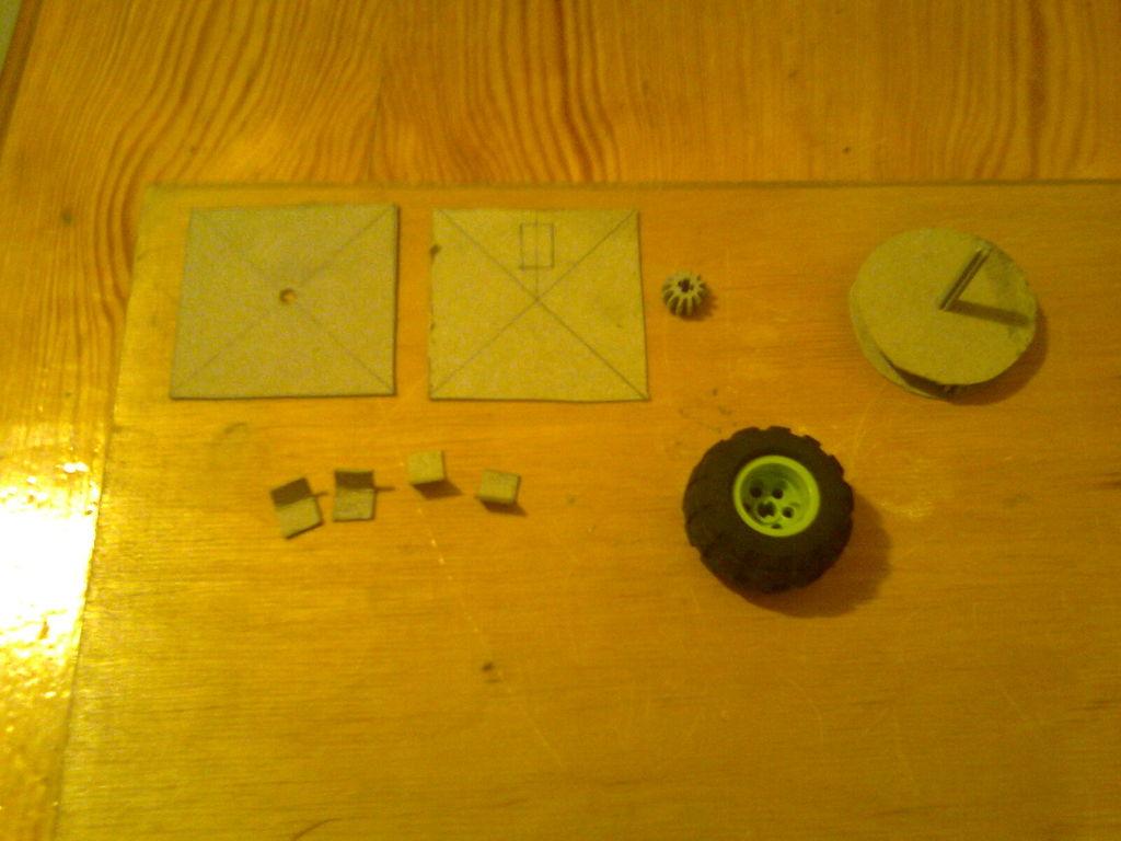 怎样制作带有方向盘的滚轮