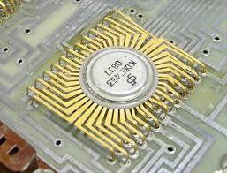 如何拆解废旧电子设备获得电子零件