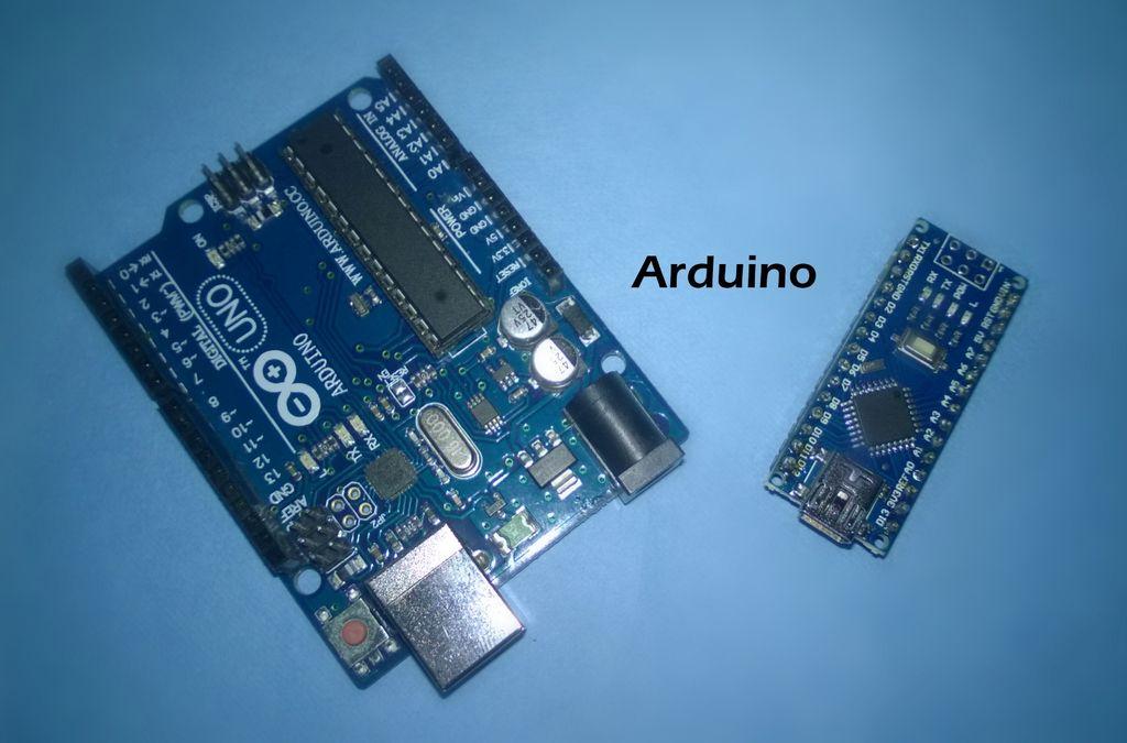 如何在Light的帮助下在两个或多个Arduino之间共享数据