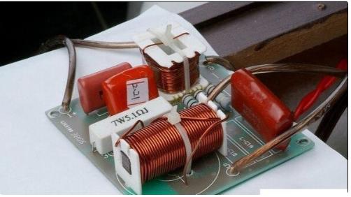 数字电?#20998;?#20998;频器的工作原理