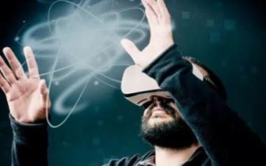 交叉现实和区块链将是VR行业的新时代
