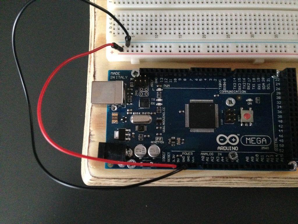 如何将BMP180连接到arduino并在串行监视器中显示数据