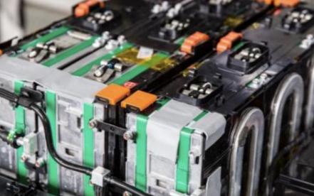 电动汽车的动力电池在出厂前会有哪些严格的测试