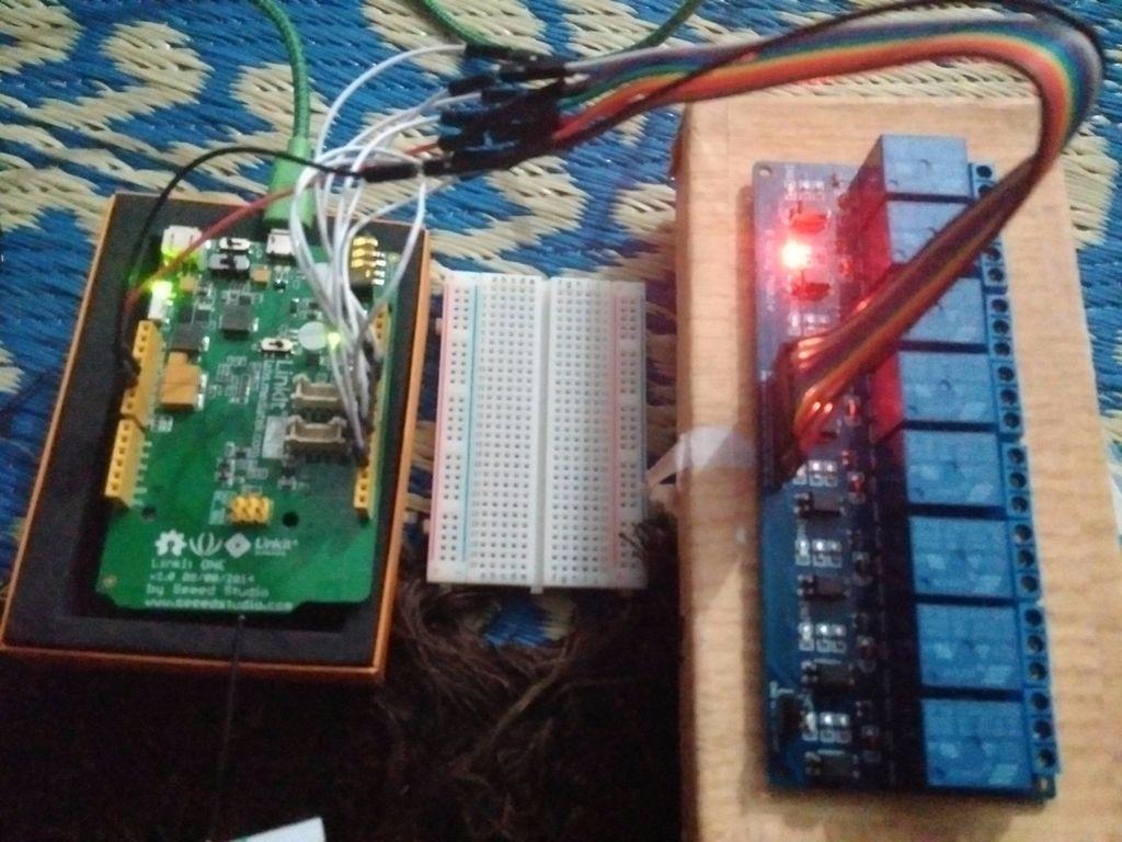 怎样用智能手机控制电气设备