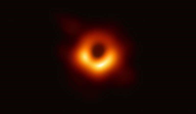 经过6国科学家的努力,史上第一张黑洞照片问世