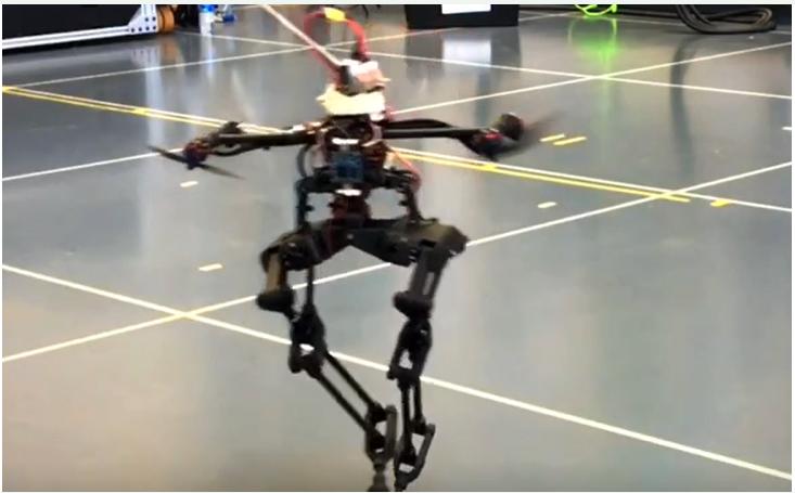 你见过带有无人机的机器人吗