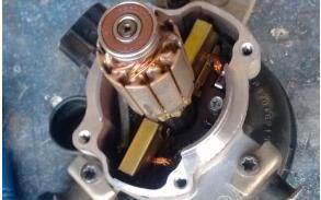 液压油泵电机轴承故障原因