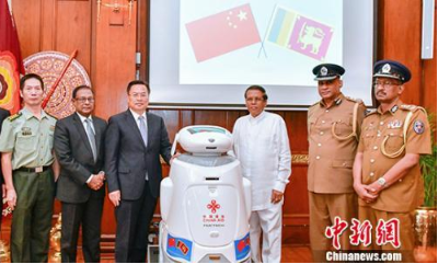 中国向斯里兰卡援助一批安防设备物资