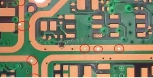 PCB过孔塞孔的作用及方法
