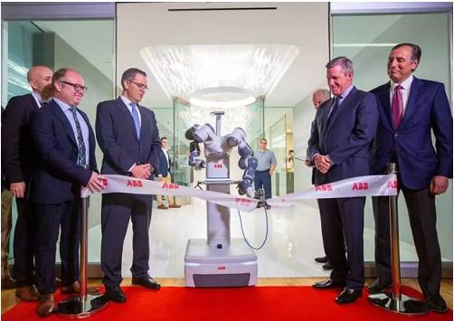 ABB在美国休斯敦德州医学中心正式启动了机器人自动化技术