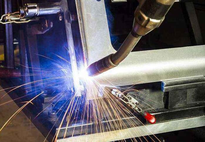 焊接机器人的焊接参数有什么影响