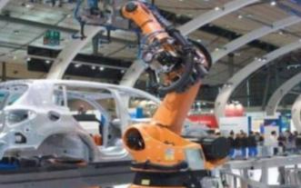 工业机器人使得汽车制造产业更加高效化