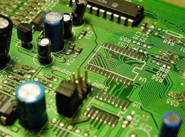 PCB板厂有哪几种激光钻孔_PCB工业激光成孔原理