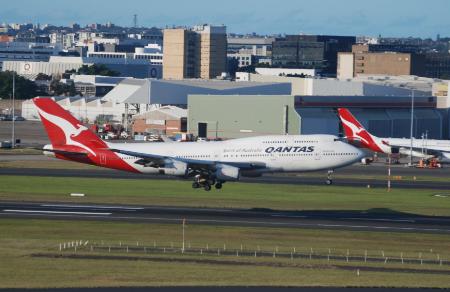 罗罗计划将一架波音747-400/VH-OJU飞...