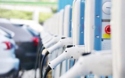新能源汽车势必会成为我们生活代步的大趋势