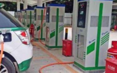 阻碍纯电动汽车市场发展的原因是什么